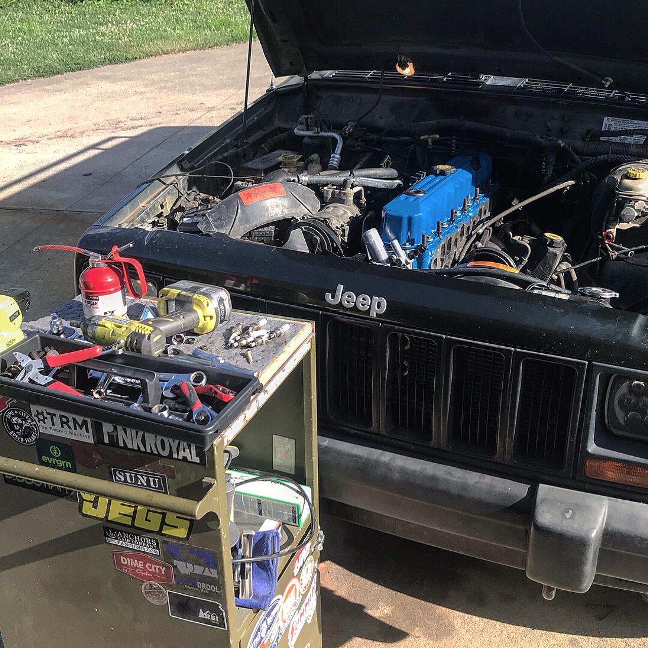 Jeep Cherokee 4.0l Engine Head Rebuilt Top End Restoration Blown Head Gasket