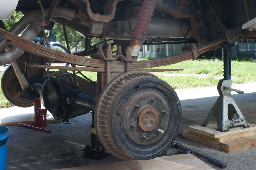 chevy k10 squarebody rear suspension with 4 inch lift blocks