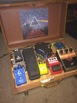 DIY effect pedal board for stomp boxes, homemade from a suitcase